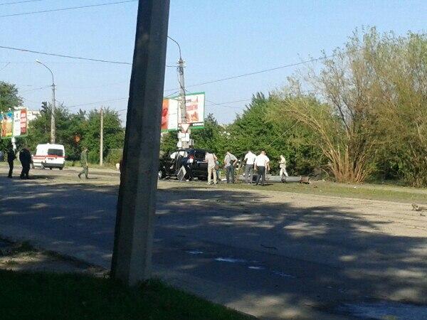 в Луганске взорвали машину Плотницкого